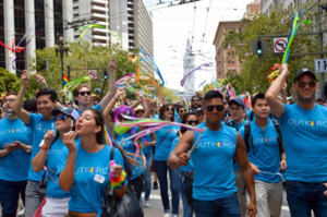 salesforce's team gives back